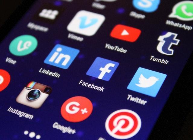 Ontwikkelingen en trends op het gebied van social media